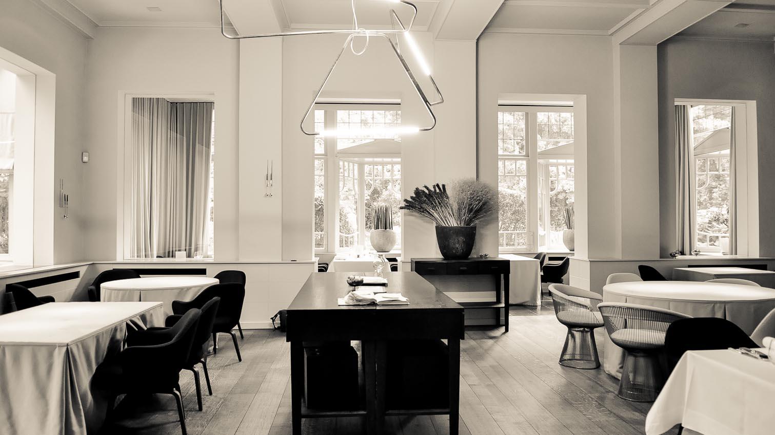 01-cafe-bar-resto-nightclub-decors-film-cinema-photo-belgium-bruxelles