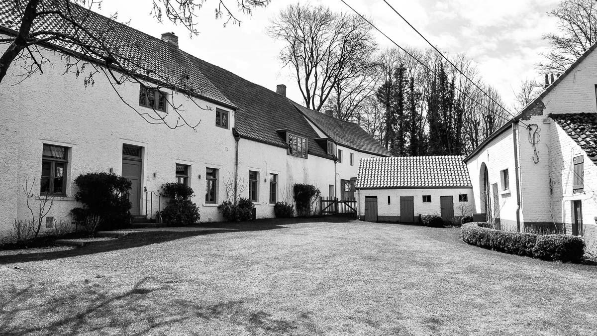 018C-maison-villa-location-vente-decors-film-cinema-recherche-bruxelles