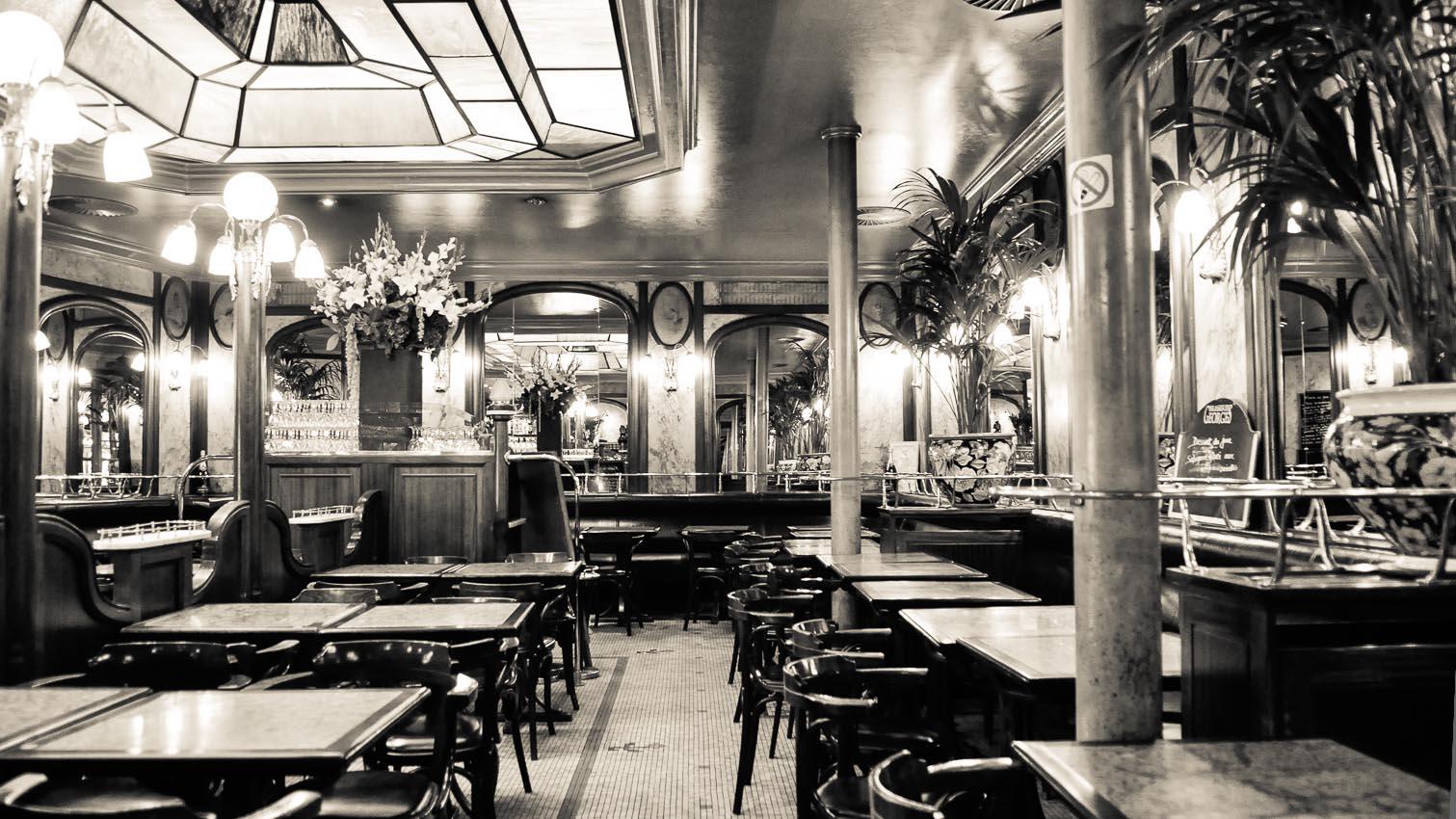 02-cafe-bar-resto-nightclub-decors-film-cinema-photo-belgium-bruxelles