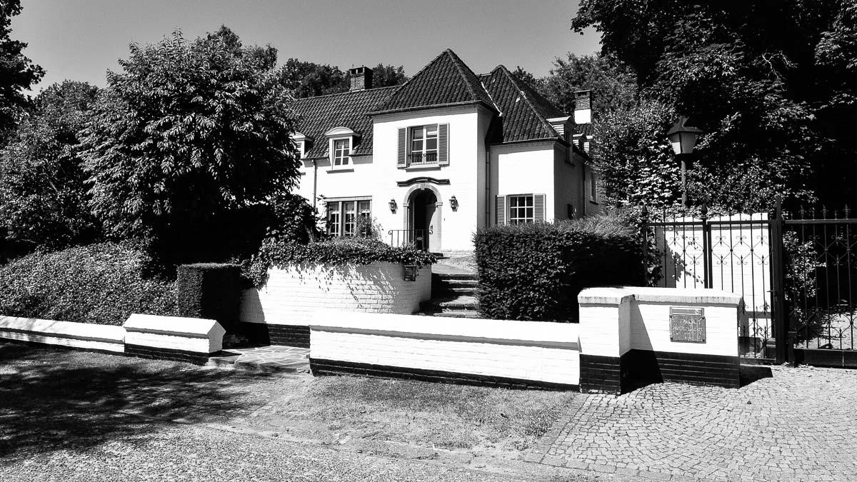 020C-maison-villa-location-vente-decors-film-cinema-recherche-bruxelles