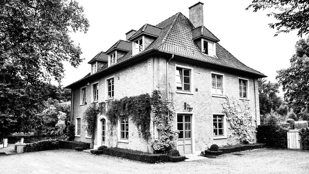 024C-maison-villa-location-vente-decors-film-cinema-recherche-bruxelles