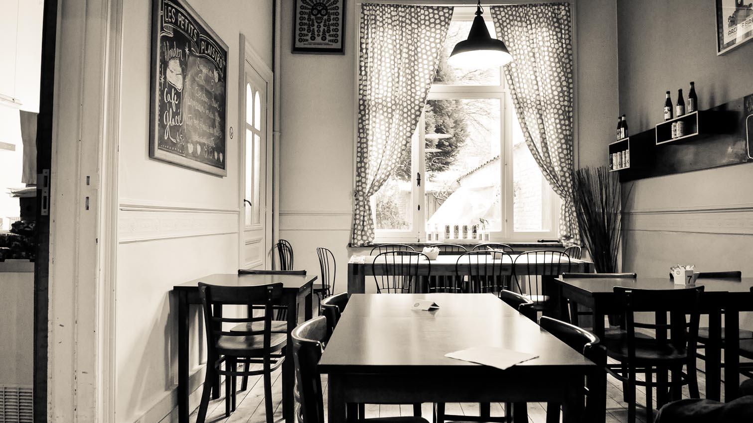 03-cafe-bar-resto-nightclub-decors-film-cinema-photo-belgium-bruxelles