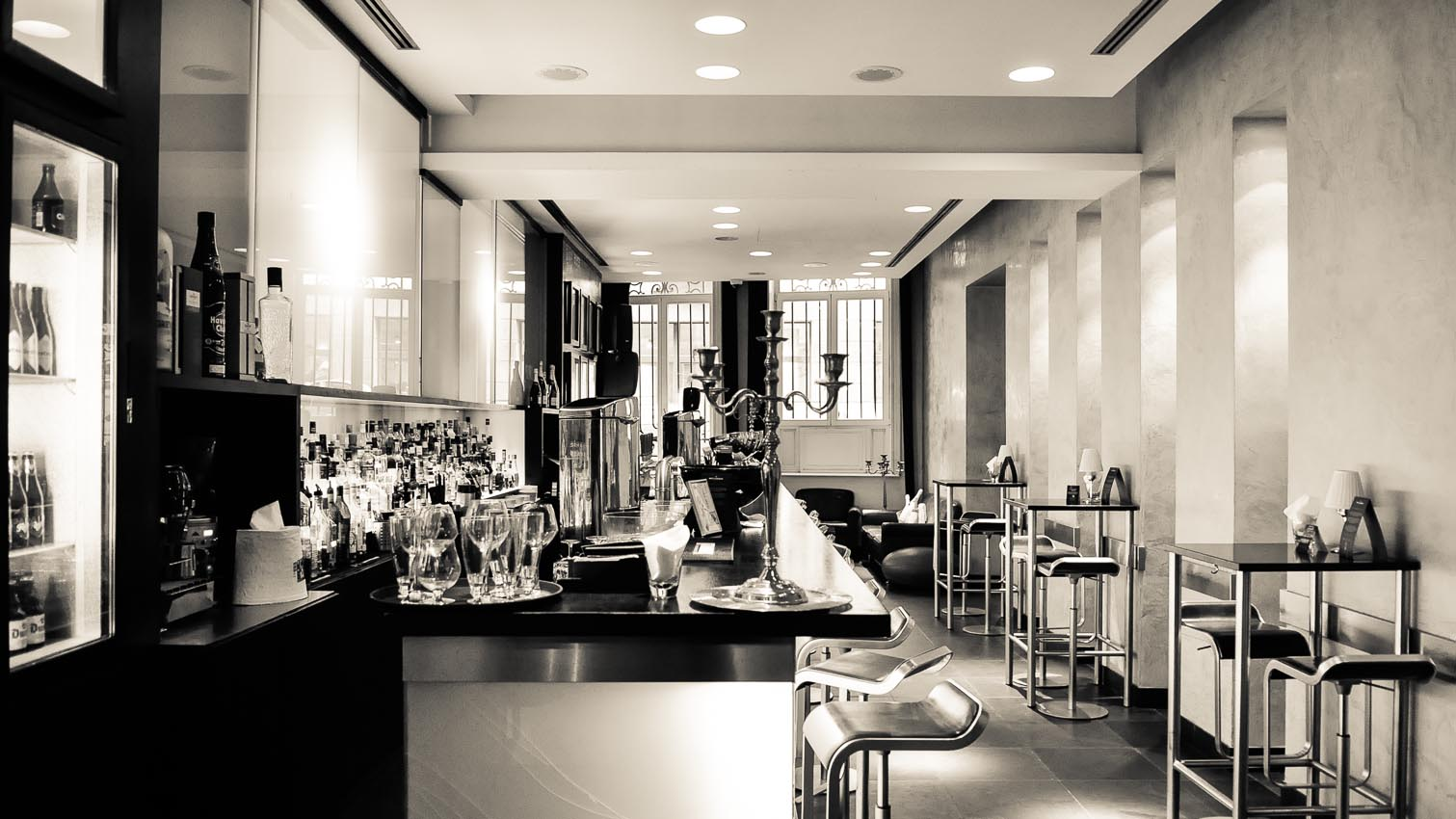 04-cafe-bar-resto-nightclub-decors-film-cinema-photo-belgium-bruxelles