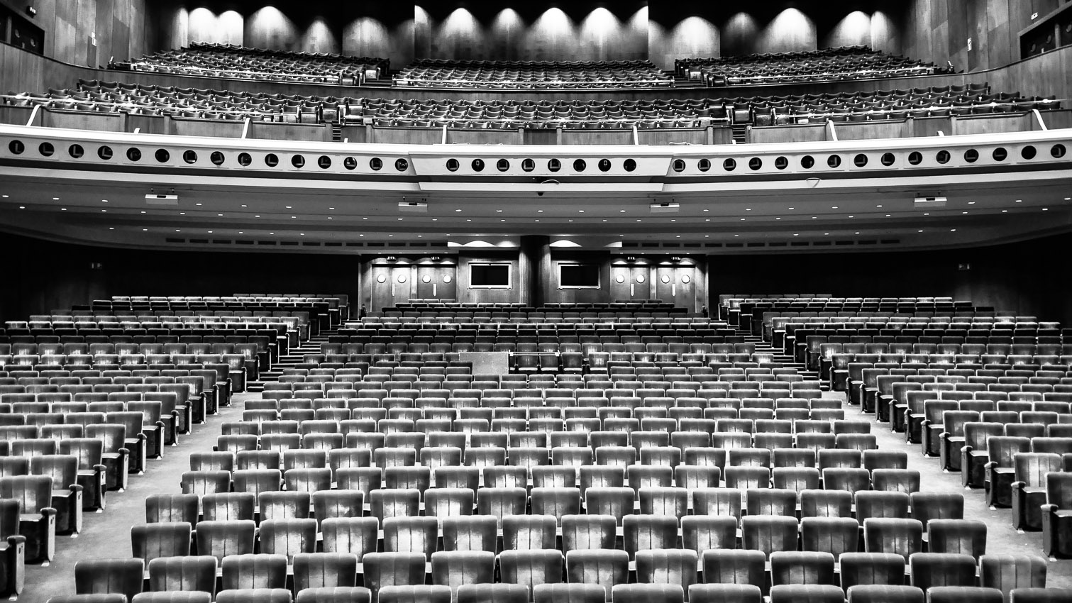 05-salle-theatre-concert-location-decors-film-cinema-photo-belgium-bruxelles