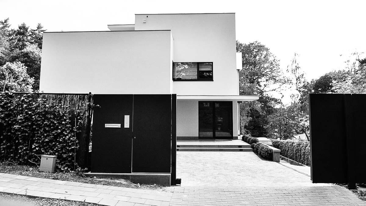 05C-maison-villa-location-vente-decors-film-cinema-recherche-bruxelles