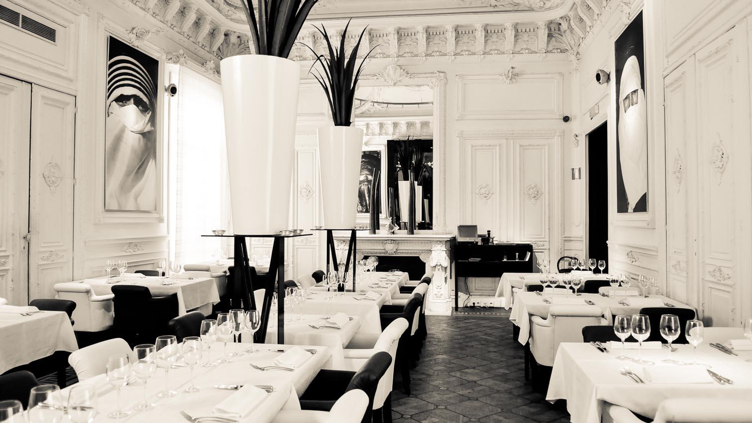 09-cafe-bar-resto-nightclub-decors-film-cinema-photo-belgium-bruxelles