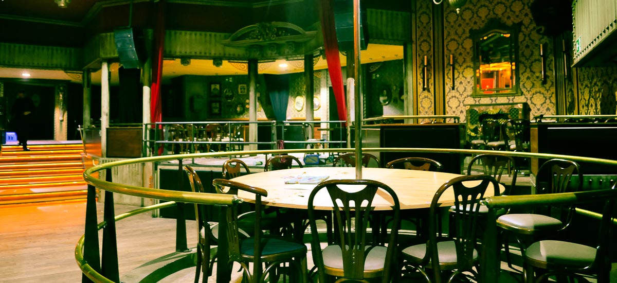 _12H-resto-Bar-Night-Club-bruno-pradez-decor-film-photo-cinema-location-bruxelles