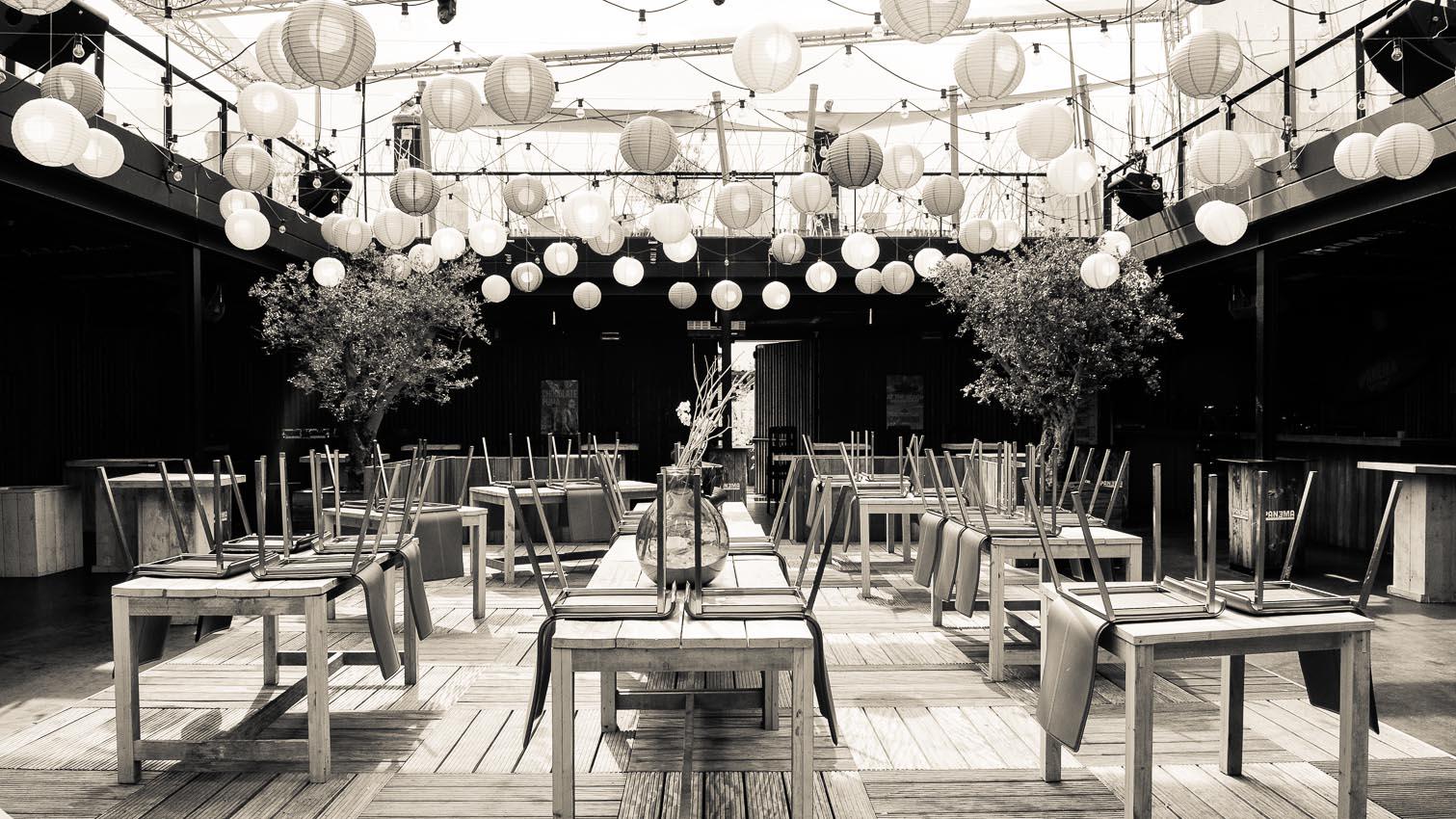 13-cafe-bar-resto-nightclub-decors-film-cinema-photo-belgium-bruxelles