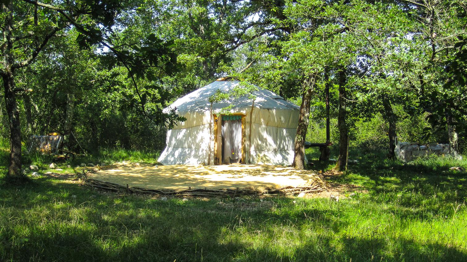 14-habitat-alternatif-yourte-cabane-decors-film-cinema-photo-belgium-bruxelles