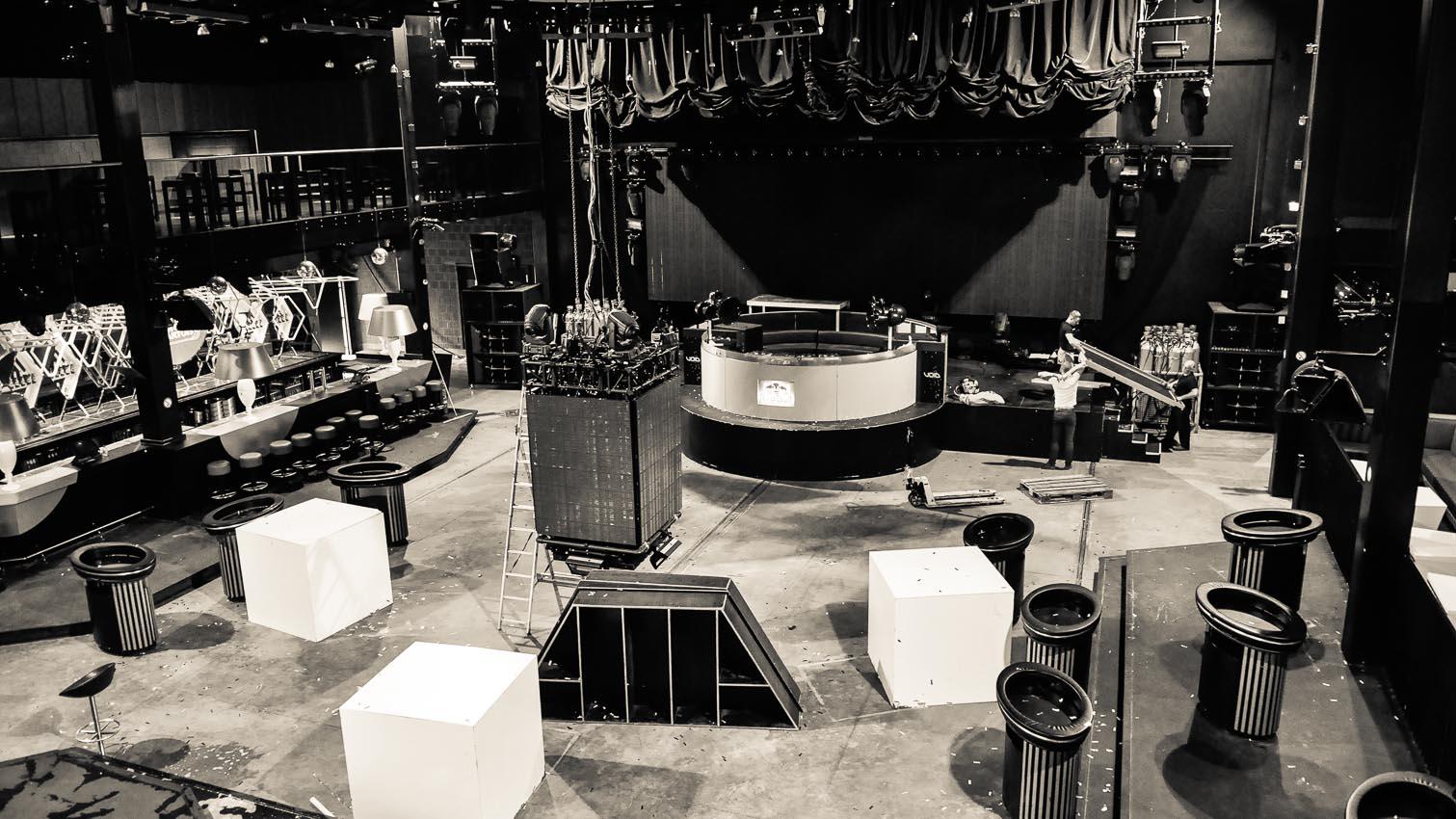 16-cafe-bar-resto-nightclub-decors-film-cinema-photo-belgium-bruxelles