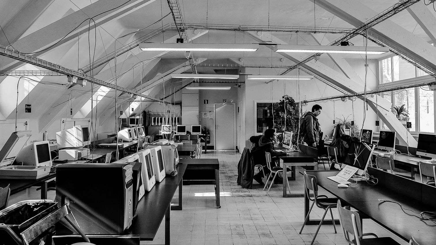 16-ecole-location-decors-film-cinema-photo-belgium-bruxelles