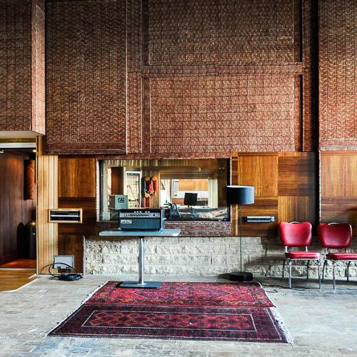 _16V-studio-musique-location-vente-recherche-decor-film-photo-cinema-bruxelles
