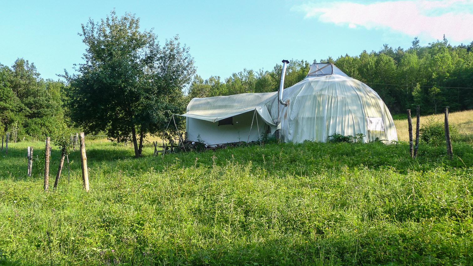 19-habitat-alternatif-yourte-cabane-decors-film-cinema-photo-belgium-bruxelles