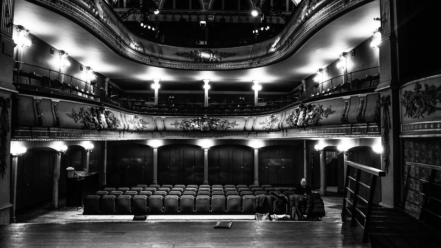 21-salle-theatre-concert-location-decors-film-cinema-photo-belgium-bruxelles
