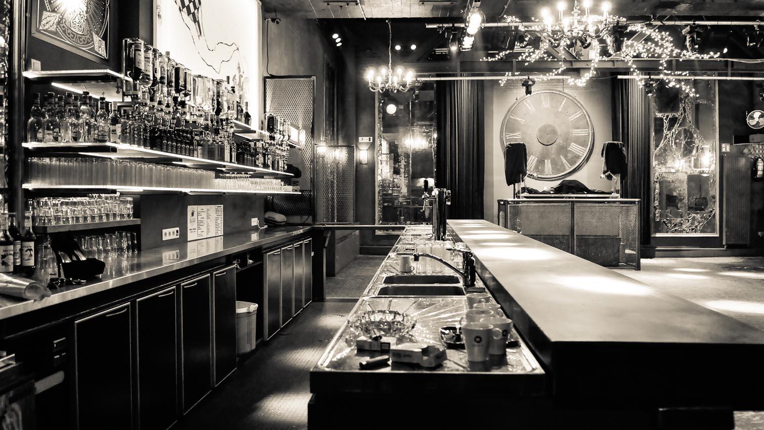 26-cafe-bar-resto-nightclub-decors-film-cinema-photo-belgium-bruxelles