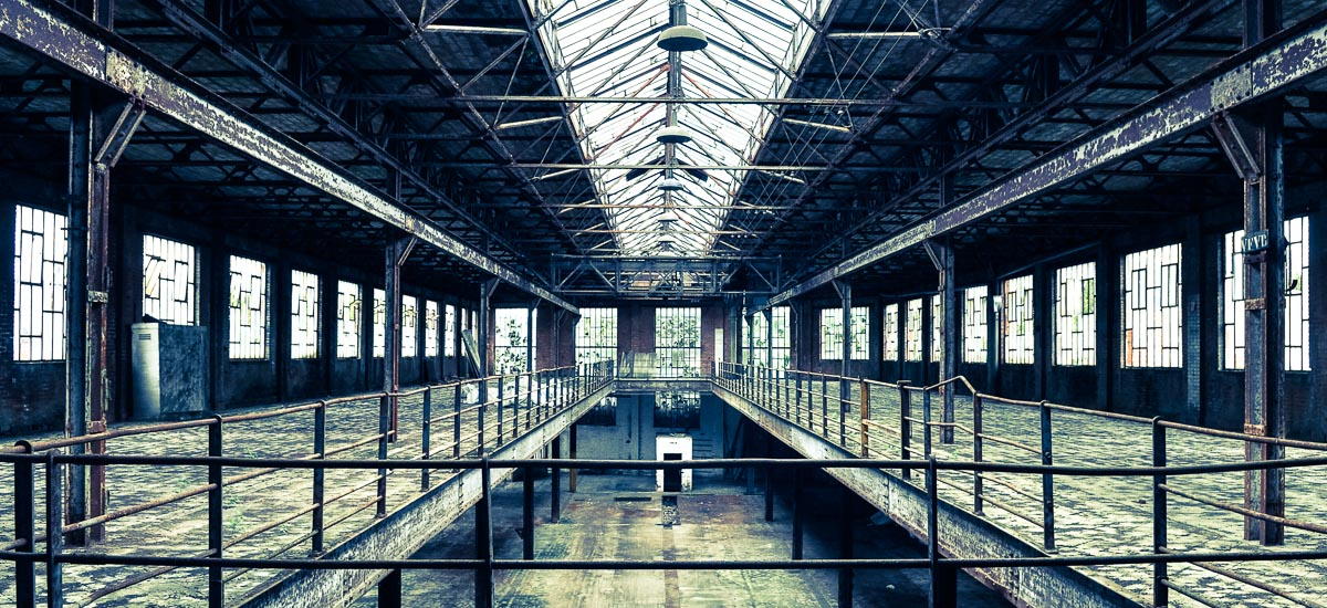 _27H-hangar-depot-bruno-pradez-decor-film-photo-cinema-location-bruxelles