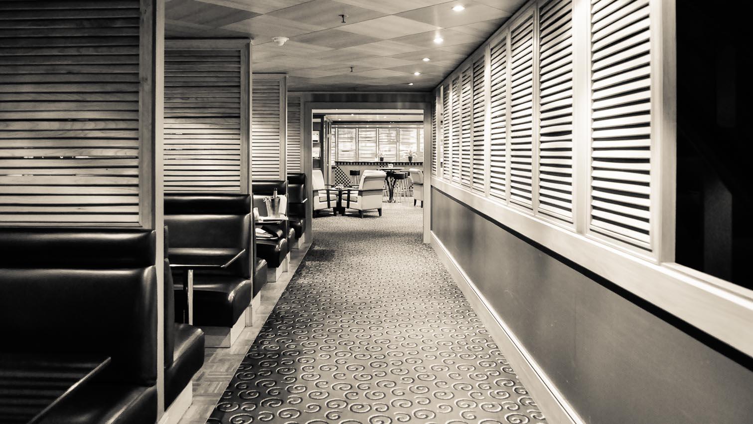 30-cafe-bar-resto-nightclub-decors-film-cinema-photo-belgium-bruxelles