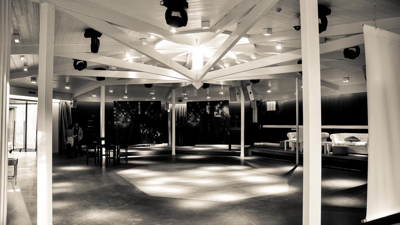 34-cafe-bar-resto-nightclub-decors-film-cinema-photo-belgium-bruxelles