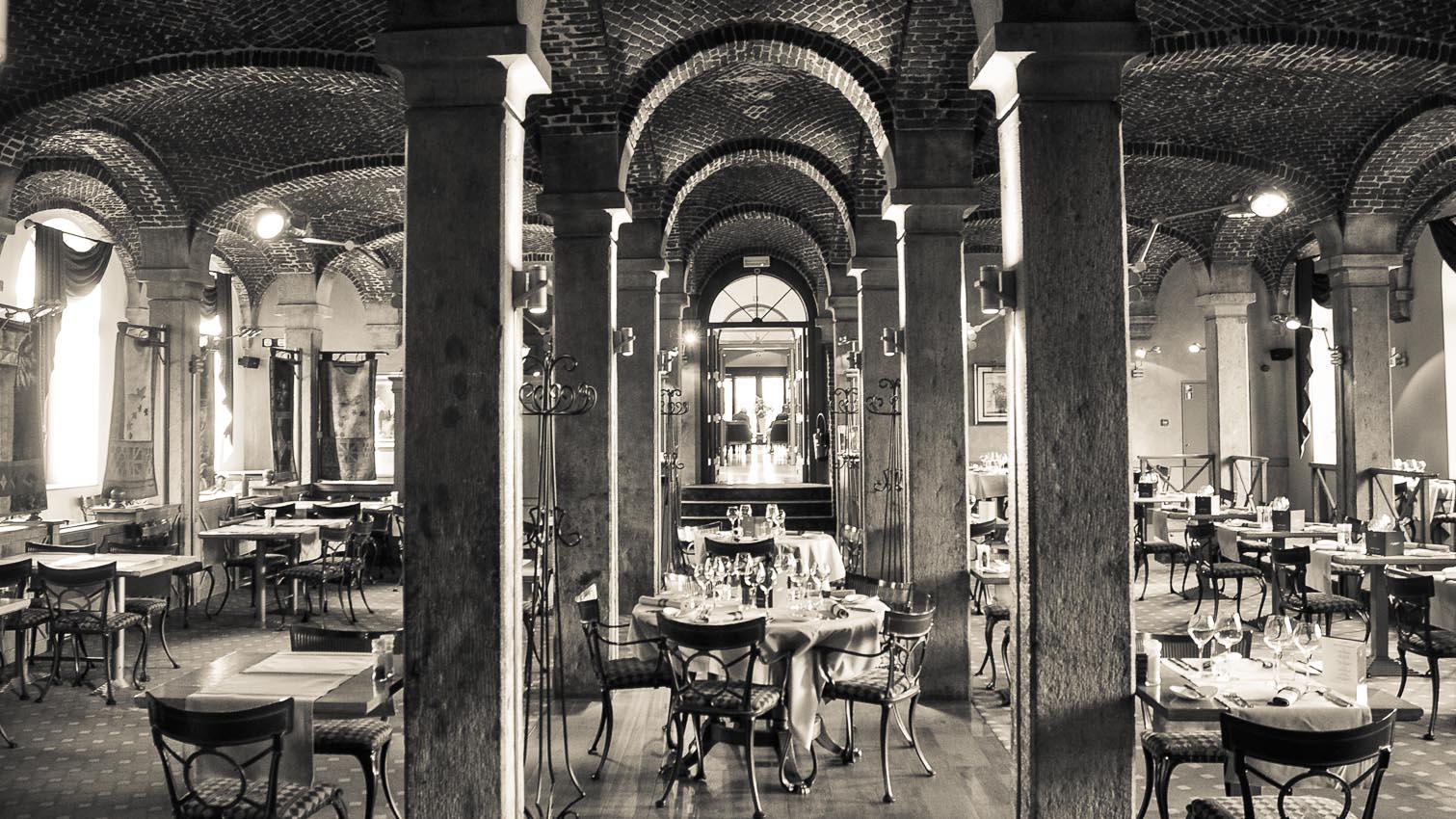 35-cafe-bar-resto-nightclub-decors-film-cinema-photo-belgium-bruxelles